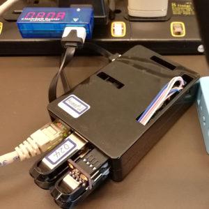 図1.USBストレージ4本挿しRAID10構成