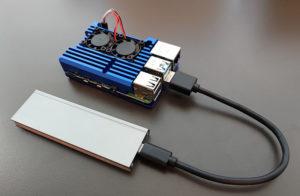 図08.Raspberry Pi 4とUSB3.0接続したM.2 SSD