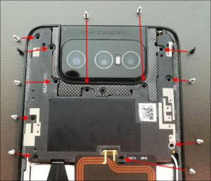 図06.Zenfone7 インナーカバーのネジ位置